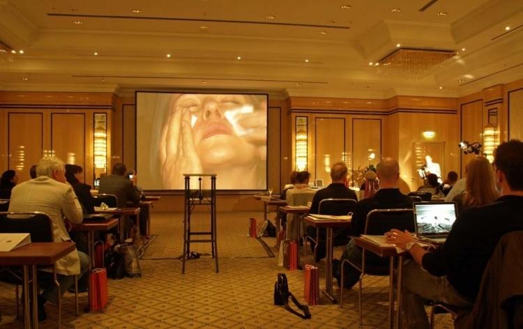 praxis symposium das sch ne gesicht in hamburg zwp online das nachrichtenportal f r die. Black Bedroom Furniture Sets. Home Design Ideas