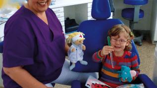 Spannung und Spiel in der Kinderprophylaxe