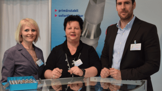 K.S.I.-Bauer-Schraube auf der IDS 2015