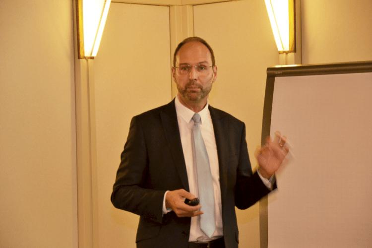 Dr. Humbert Hamburg