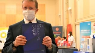 13. DDT in Düsseldorf: Digitale Umsetzung von Zahnersatz im Team Praxis und Labor