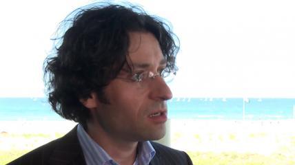 Wachsende Bedeutung der Endodontologie (Interview mit Dr. Tomas Lang)