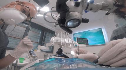 """Der """"isolierte Patient"""" in der Zahnarztpraxis"""